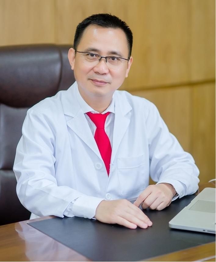 Bác sỹ Phạm Xuân Hùng