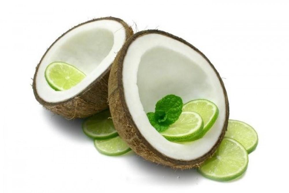 Xóa nếp nhăn bằng dầu dừa